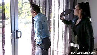 Hot MILF catches her economize on spying on a neighbor's stepdaughter